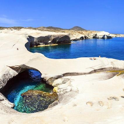 Sua ilha grega secreta; Milos