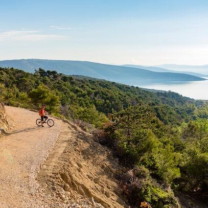 Cycle around Zadar region - nature tour
