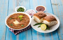 Pav bhaji: the street food synonymous with Mumbai