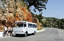Experimentando Albania Por Furgon