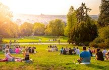 Parken en groenvoorzieningen die u niet mag missen in Praag