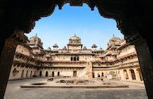 Odkryj Orchha Fort & Orchha Wildlife Sanctuary, Madhya Pradesh