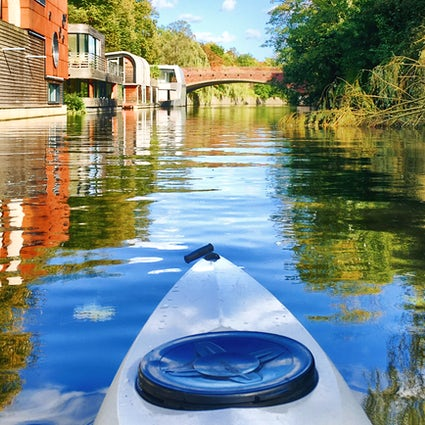 Discover Hamburg from a canoe