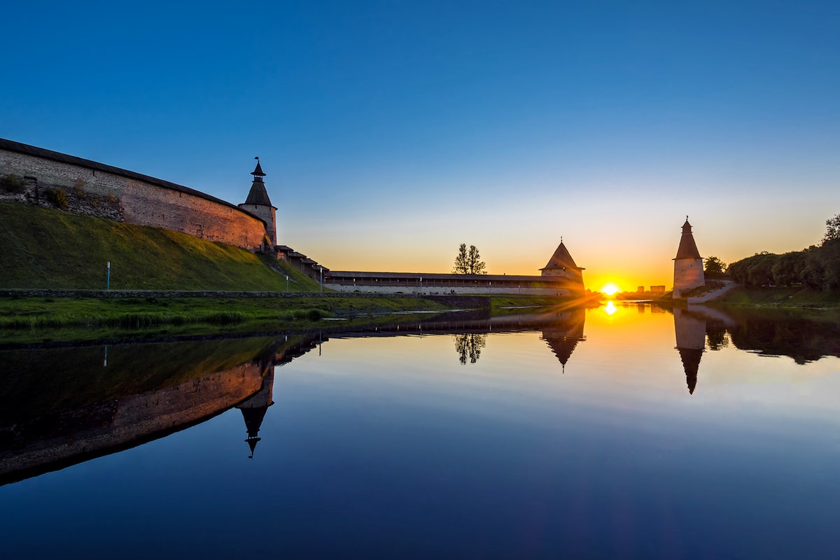 Cover picture © Credits to ruscivilization.ru/Viktor Zhelengovsky