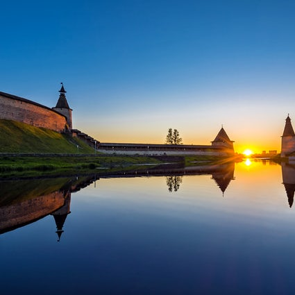 A dreamy evening stroll around the Pskov Kremlin