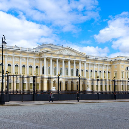 Arts Square in Saint Petersburg: a delight for architecture admirers