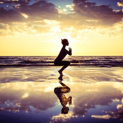 Yoga zones in Valencia - beach and park