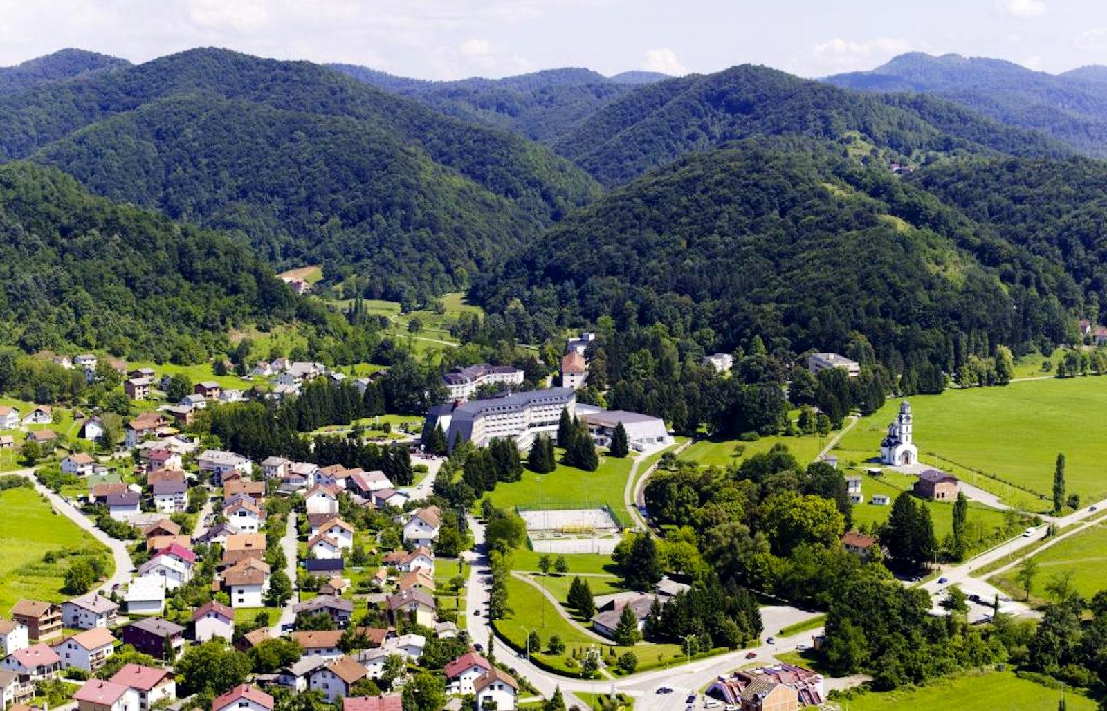 Cover picture © Credits to Facebook/Turistička organizacija opštine Teslić