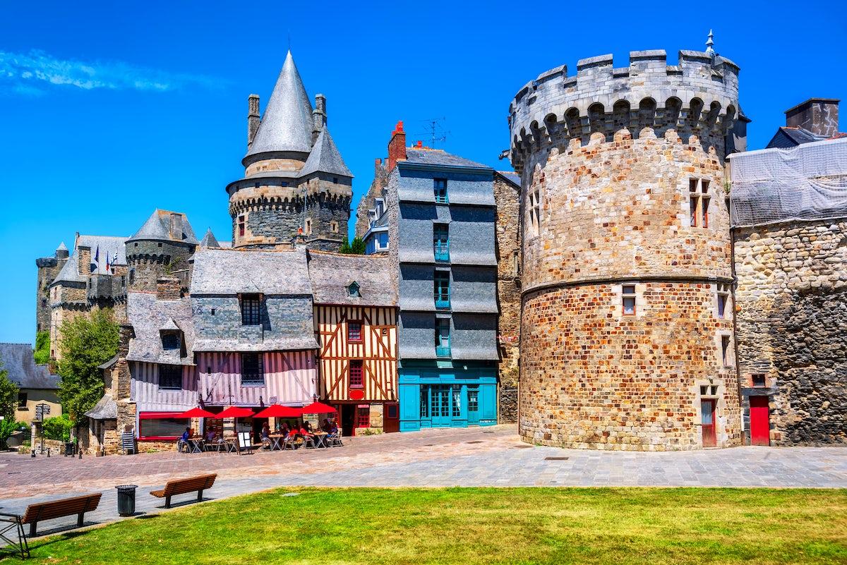 Vitré, a colorful town where history lives