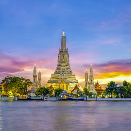 Temple of Dawn, the classical landmark of Bangkok