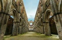 Abadía de San Galgano y la espada en la roca, Toscana