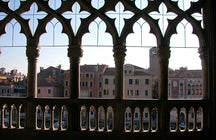 A palace made of gold: Ca D'oro in Venice
