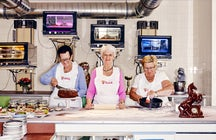 Full service like at grandma's: Vollpension Café in Vienna