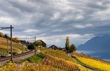 La línea GoldenPass: Serpenteando desde el lago a través de las montañas