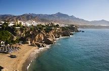 Nerja - El pueblo costero andaluz que soñaste en la parte III