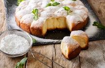 Café Hawelka's buchteln: Vienna's dessert found in a song