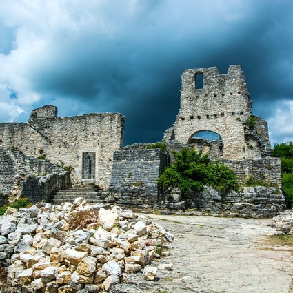 Istria's abandoned and haunted stone town: Dvigrad
