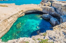 Grotta della Poesia; The most beautiful natural pool in Apulia