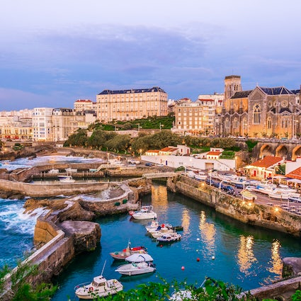 Discover the elegant and laid-back Biarritz