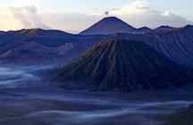 Mt. Bromo: eine schöne Caldera in Ostjava