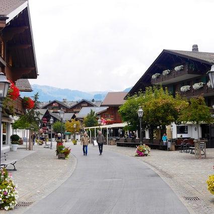Les villages du district Obersimmental-Saanen : Gstaad