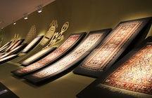 Ein Märchen In Baku - Teppichmuseum
