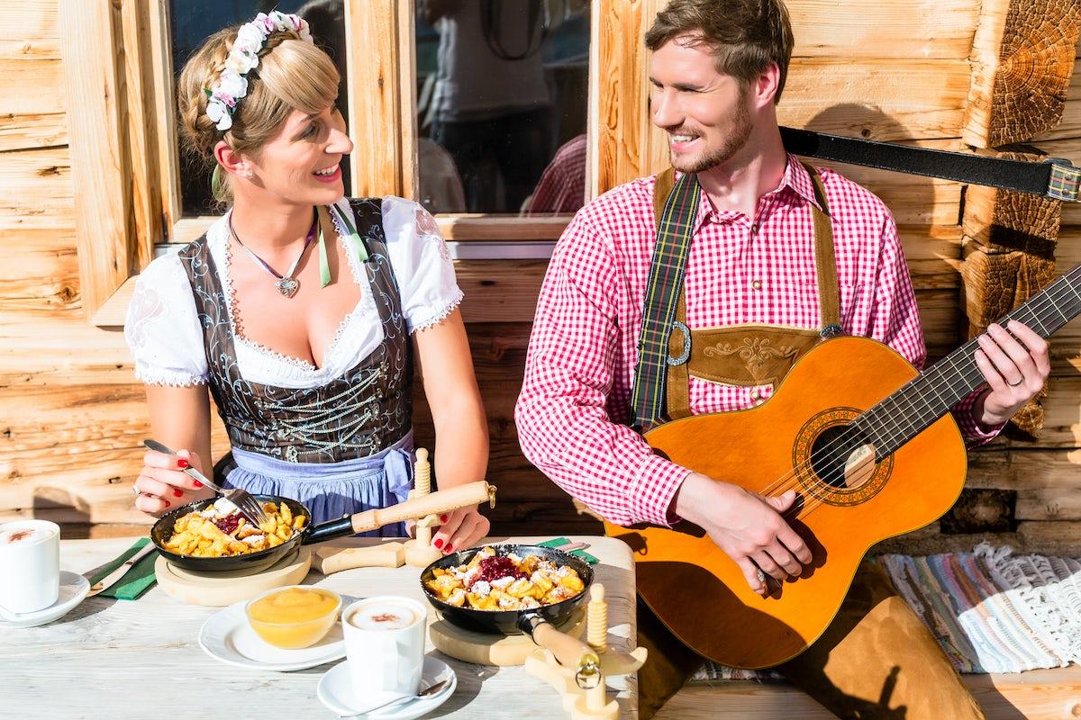A mess for the emperor & famous Austrian dessert: Kaiserschmarrn