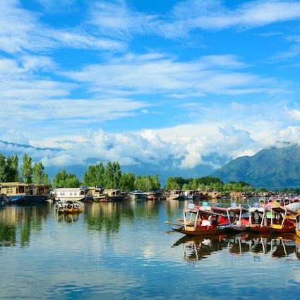 Ein Tag im atemberaubenden Srinagar in Jammu und Kaschmir