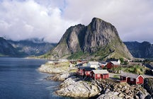 Find your hiking path: Lofoten, Norway