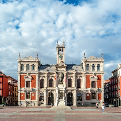 Valladolid, the city of tapas and linear architecture