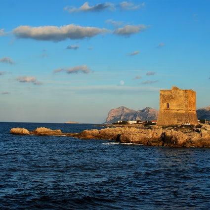 Sicily: Eco villages on mafia property