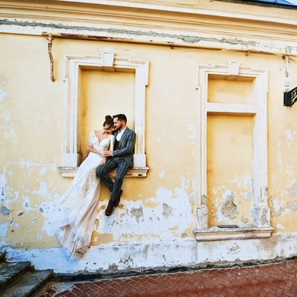 Top 3 locations for a romantic photoshoot in Lviv