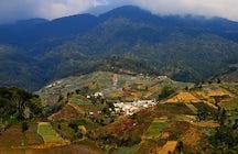 Rond Mt. Ciremai, Centraal Java: watervallen, meren & uitzichtpunten