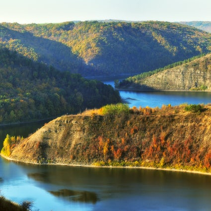 Naslavcea village: the best Dniester River viewpoints