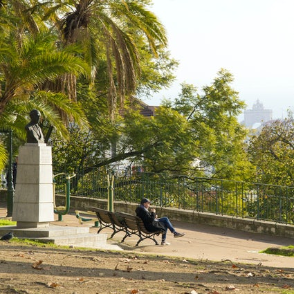 Invierno en Lisboa, calles concurridas y vistas tranquilas