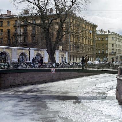 Pont Bank à Saint-Pétersbourg : des griffons porte-bonheur