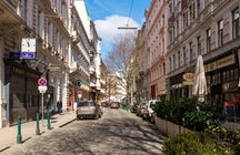 Servitenviertel - Place Where Vienna Meets Paris