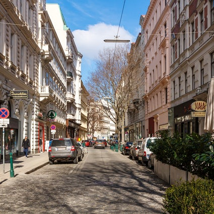 Servitenviertel - Place Where Vienna Meets Paris