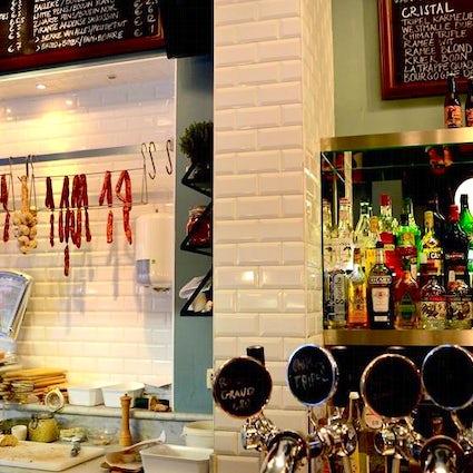 Bruselas de noche: Bar de monjes