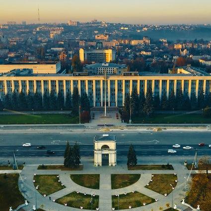 Festa della città di Chisinau: vino senza fine e gustoso barbecue