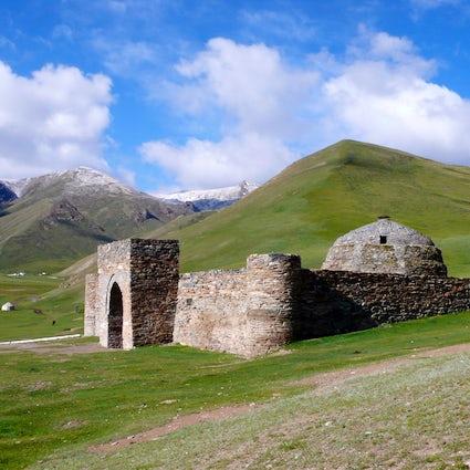 El legado de la Ruta de la Seda: Tash Rabat caravasar en Kirguistán