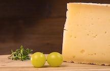 Pirot hard cheese, a taste of Serbian mountains