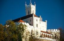 Suonare il pianoforte del XIX secolo nel castello Trakošćan