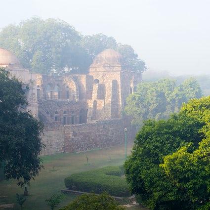 Hauz Khas Village, een serene retraite in Delhi...