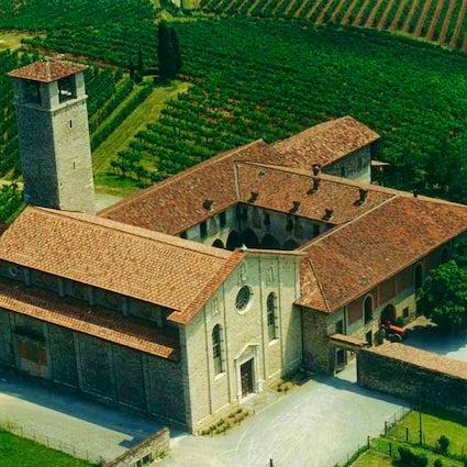 San Nicola Complex, a gem among the vineyards