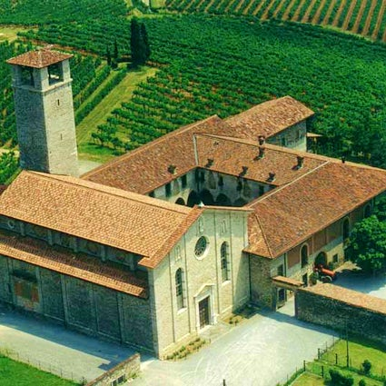 San Nicola Complex, a gem among the vineyards