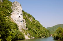 Decebalus, the last Dacian king immortalized on the Danube River