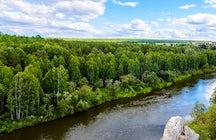 Río Chusovaya: entre las rocas y bosques de los Urales
