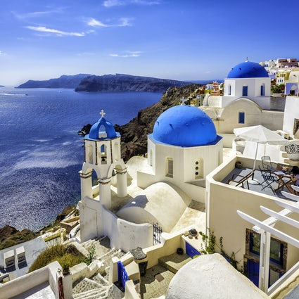 Your 3-day itinerary; off to Santorini!
