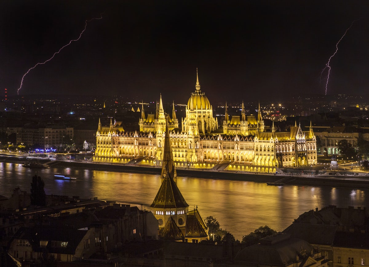 Budapest's tallest building serves as home to politics